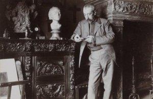Anatole France, retratado por Dornac