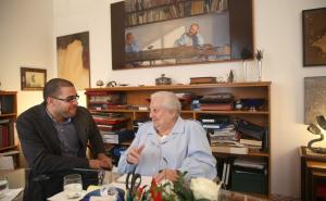 Carmen Balcells y Guillem d'Efak