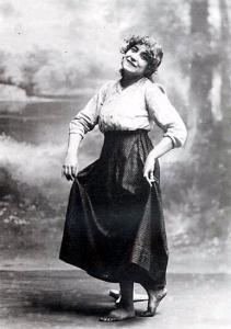 Margarita Xirgú caracterizada como Marianela (1919)