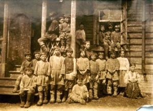 Los niños de Yásnaia Poliana en 1875