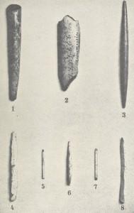 Diversos utensilios encontrados en yacimientos de Bélgica (Belgique ancienne. Catalogue descriptif et raisonné, par le baron de Loë. I. Les Ages de la pierre, 1928)