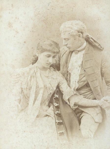 Mary Moore y Charles Wyndham en «David Garrick»